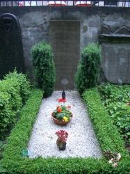 ベートーヴェンママのお墓