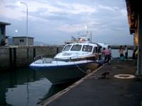 女木島についた船。酔ったなあ。。