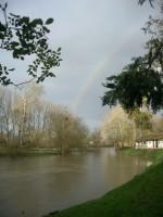 二本の虹が見える